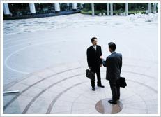 企業への経営幹部・専門人材出向支援